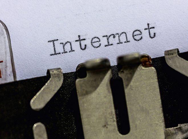 Internetová revoluce (ilustrační snímek)
