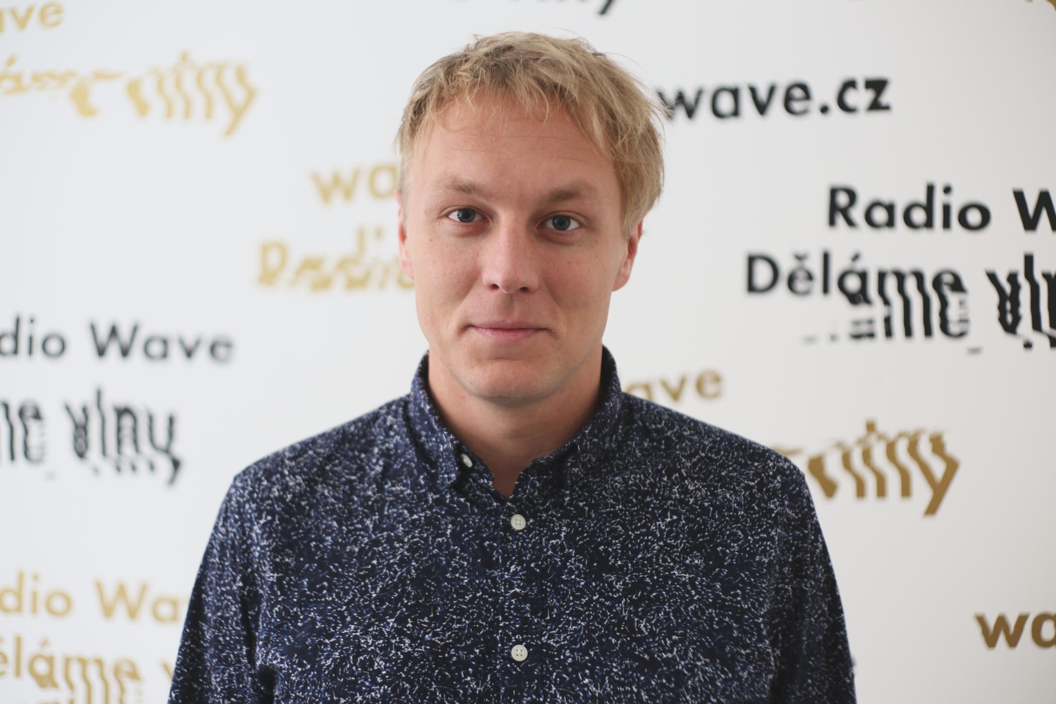Reportér Vojtěch Boháč z platformy Voxpot. Foto: Barbora Linková (Radio Wave)