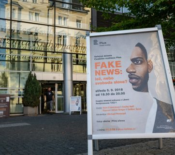 Veřejná debata Českého rozhlasu Plus