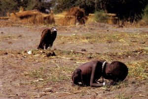 FOTO: Kevin Carter: Vulture (Sup)