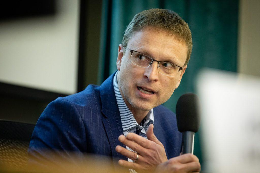 Rozpravy o českých médiích: Únik informací
