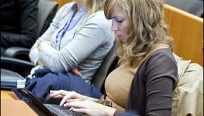 Bojí se novináři internetu?